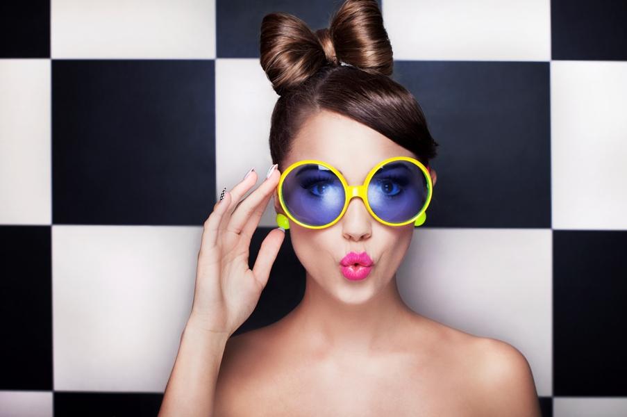 Cum poate o pereche de ochelari de soare sa iti schimbe viata? Va zic eu!