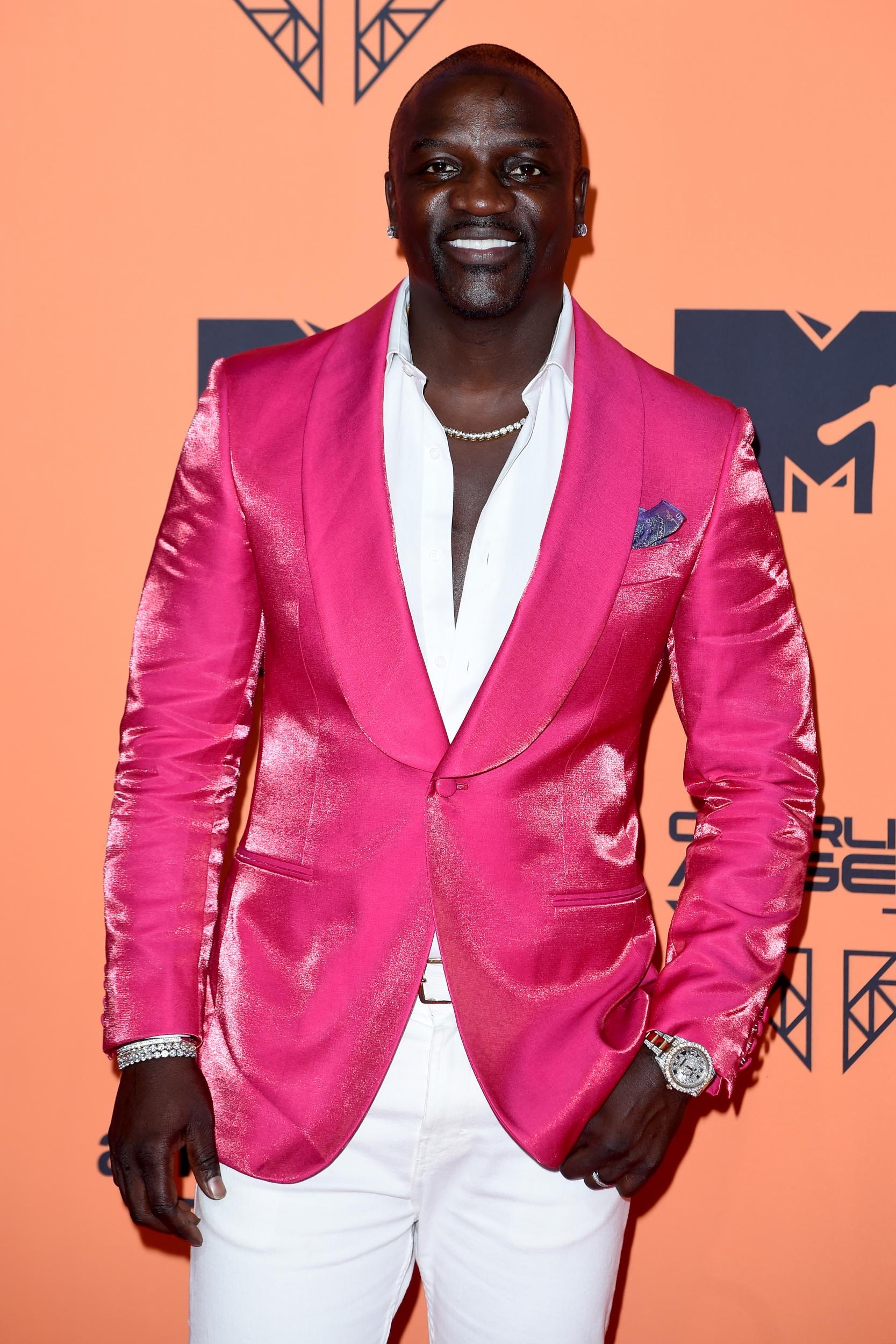 Aliaune Damala Badara Akon Thiam